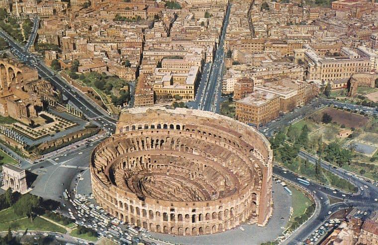 """""""THE REASONS I LOVE LIVING IN ROME"""" – John Henderson"""